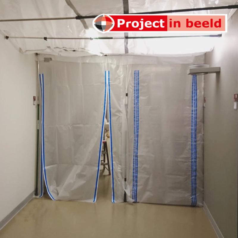 Ziekenhuizen_quarantaine_Curtain_Wall_doorgang_plafond_corona
