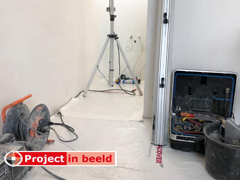 Project_in_Beeld_PrimaCover_Standard_verbouw_werkbank_vloer_afdekvlies_doorgang_beschermen